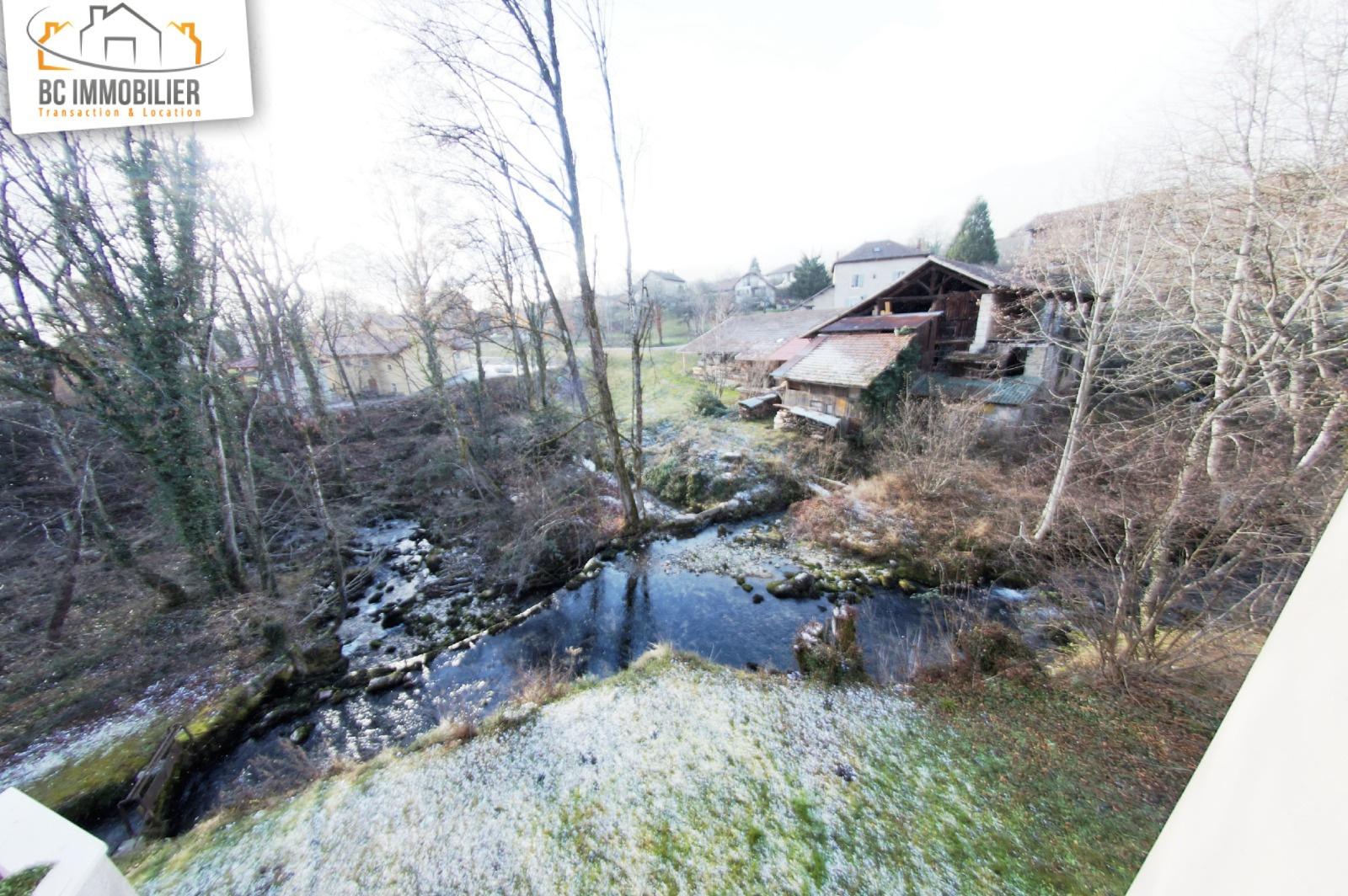 Location villa mitoyenne au coeur de ferney voltaire for Acheter maison ferney voltaire